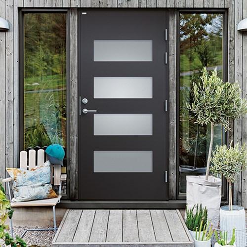 modern ytterdörr i svart med frostade fönster